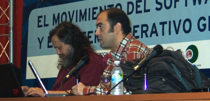 Richard Stallman y Manuel Gualda Caballero